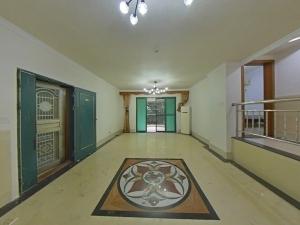 东部阳光花园 3室2厅 125㎡ 整租_东部阳光花园租房客厅图片2