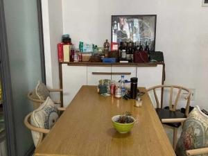 麟恒中心广场 4室2厅 128㎡ 整租_深圳龙岗区横岗租房图片