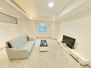 爵士大厦 1室1厅 72㎡ 整租_爵士大厦租房客厅图片2