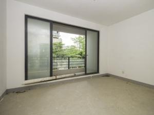 悦城花园一期 5室2厅 174.4㎡ 毛坯_悦城花园一期二手房卧室图片6
